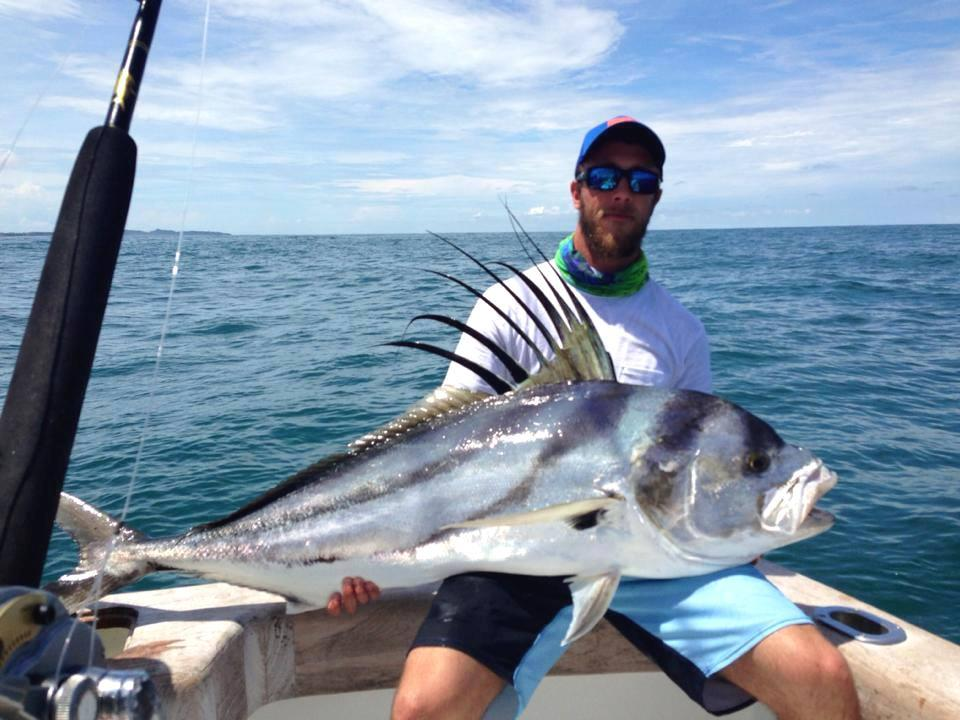 Dragin fly sport fishing red tuna shirt club for Fishing in costa rica